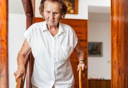 Cuidados com a segurança quando temos idosos na casa.