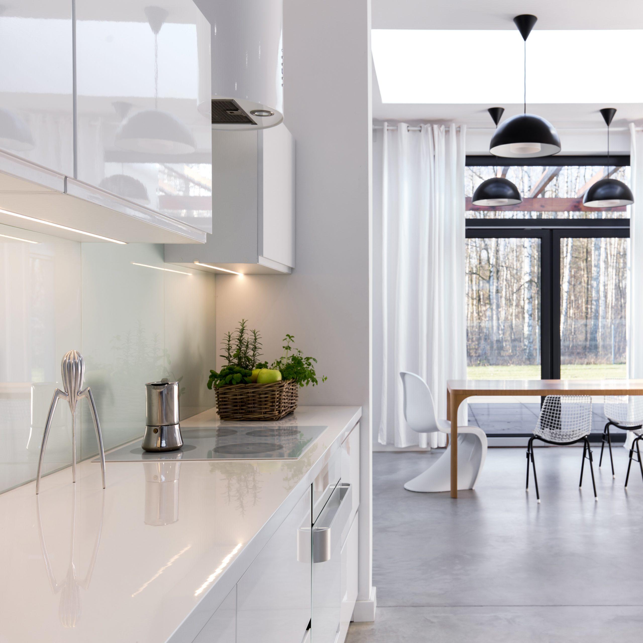 A modernidade na área social do apartamento.