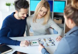 Qual a diferença entre imobiliária e incorporadora?